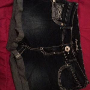 Amethyst jean shorts